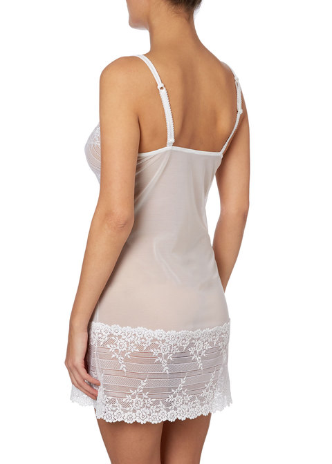 'Embrace Lace' Chemise - by Wacoal